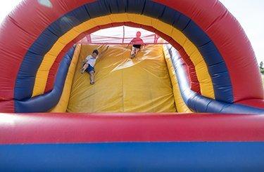 inflatables landing slider 5